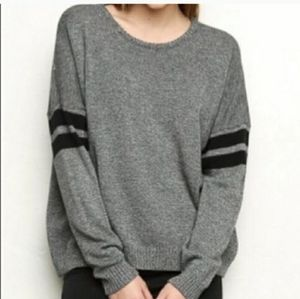 Brandy Melville Varsity Sweater D94
